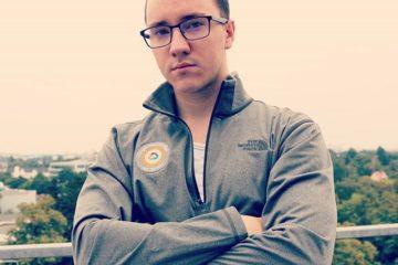 Andrey Bulezyuk